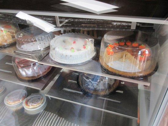 Rock Island, IL: Cakes!