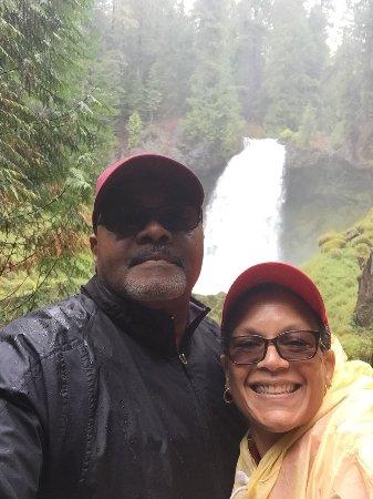 Sublimity, OR: Enjoying Sahalie Falls