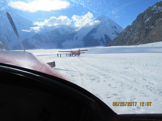 Talkeetna, AK: KT Aviation planes landed on a glacier near base of Denali