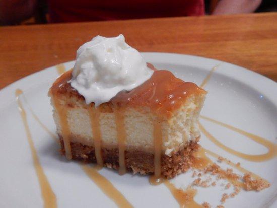 High Noon Restaurant & Saloon: Dulce de leche cheesecake