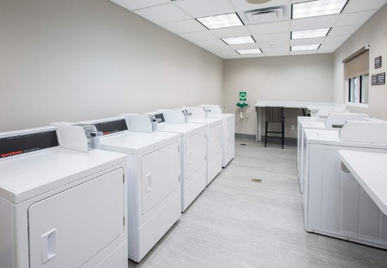 West Chester, OH: Guest Laundry