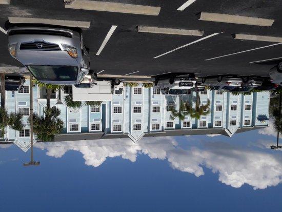 Microtel Inn & Suites by Wyndham Port Charlotte-Punta Gorda: 20170918_153703_large.jpg