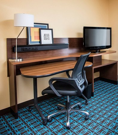 Mishawaka, IN: Suite Work Desk