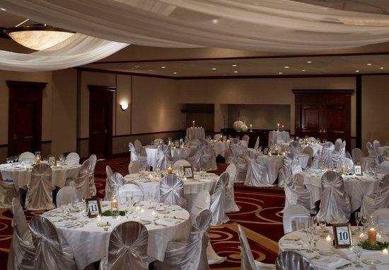 Round Rock, TX: Ballroom – Wedding Setup