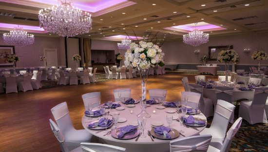 Freehold, Nueva Jersey: Ballroom