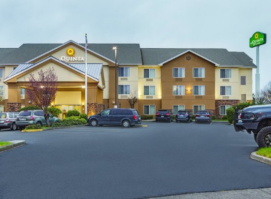 Central Point, OR: ExteriorView