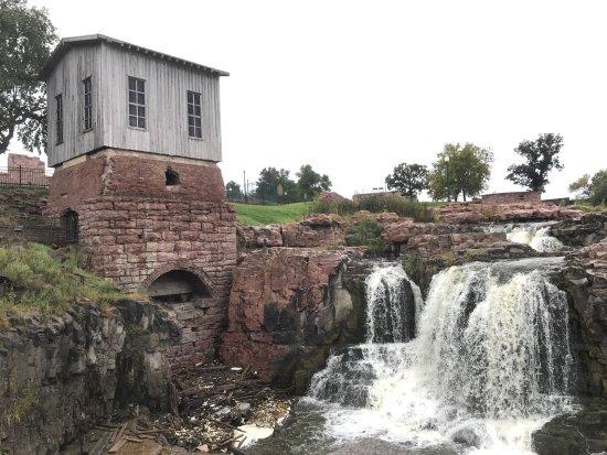 Falls Park: photo1.jpg