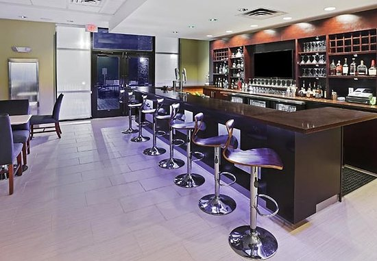 Enid, Оклахома: Lobby Bar