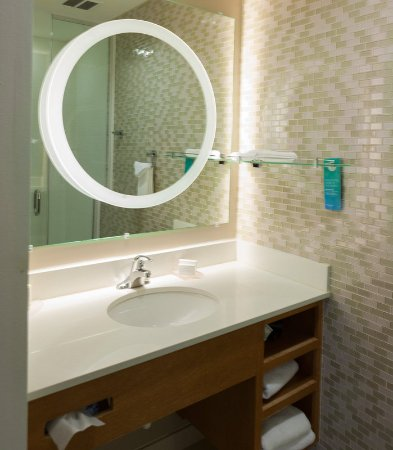 Enid, Оклахома: King Suite - Bathroom