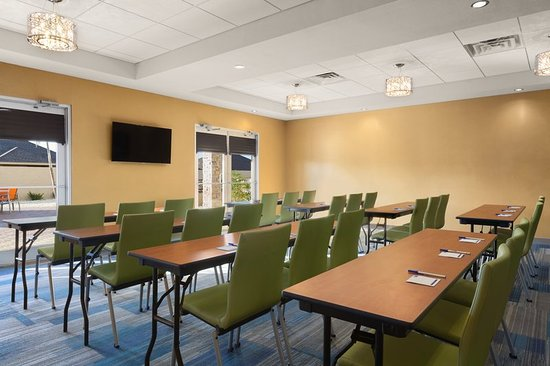 Edinburg, TX: Meeting Room