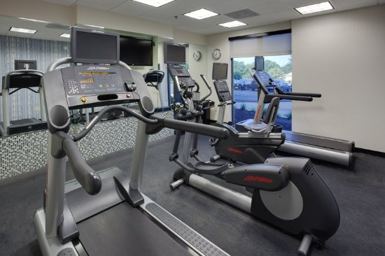 Holiday Inn Express & Suites Laurel: 24 Hour Fitness Center