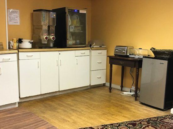 Spartanburg, SC: New and nice rooms. Located at heart of downtown with large options for food and shopping, you c