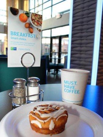 Brookville, OH: Breakfast Area