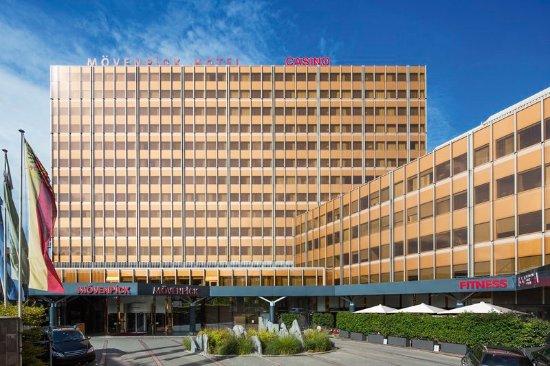 Mövenpick Hotel & Casino Geneva: Exterior