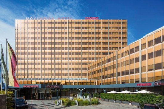 Movenpick Hotel & Casino Geneva: Exterior