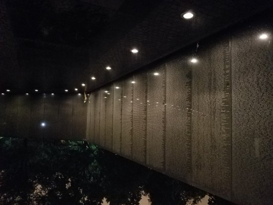 Vietnam Veterans Memorial: 20170914_230239_large.jpg