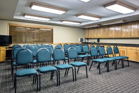 Iowa Falls, IA: AMERICINNIOWAFALLSIAHospitality Room