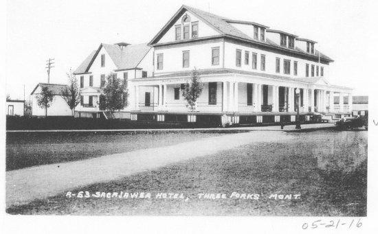 Sacajawea Hotel: Historic