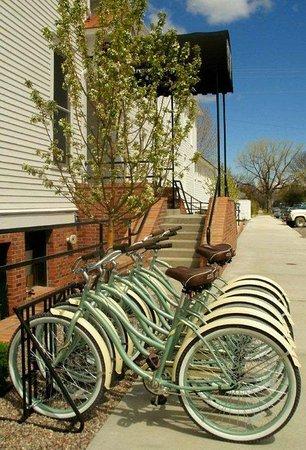 Sacajawea Hotel: Bikes