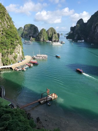 Tuan Chau Island, Vietnam: photo0.jpg