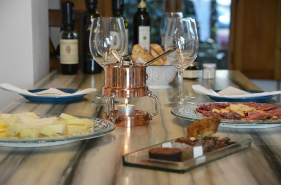 Flavorful Florence Small-Group Tasting Experience