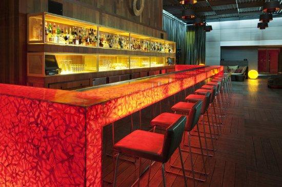 W Montreal: Plateau Lounge