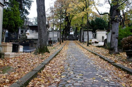 Père Lachaise Walking Tour