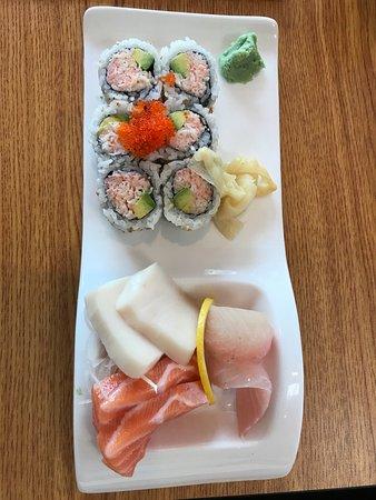 Bethesda, MD: Shashimi and a roll