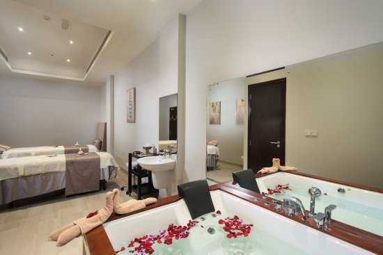 Spa Cenvaree at Centara Muscat Hotel Oman