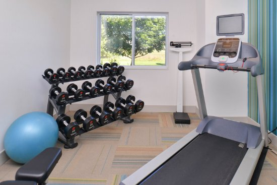 Stevens Point, WI : Stay in shape away from home with our new Precor fitness equipment