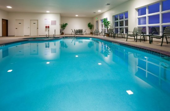 Holiday Inn Express Hotel & Suites Stevens Point-Wisconsin Rapids: Swimming Pool