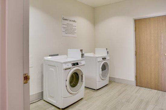 Bethany, OK: Laundry Facility