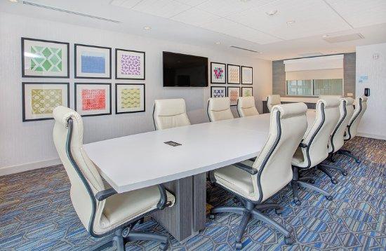 Covington, GA: Meeting Room