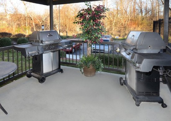 Morrisville, NC: Families and sports teams love taking advantage of our bbq grills!