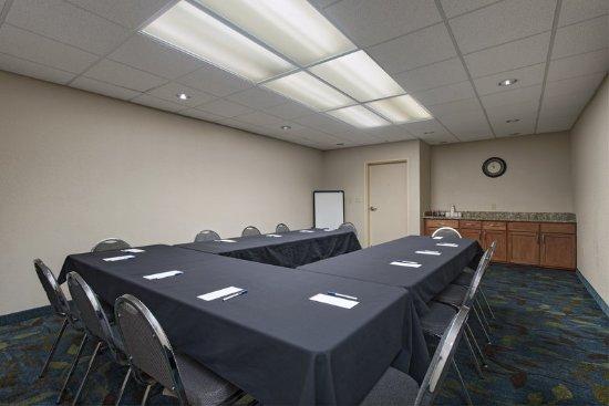 Cedar Park, TX: Boardroom