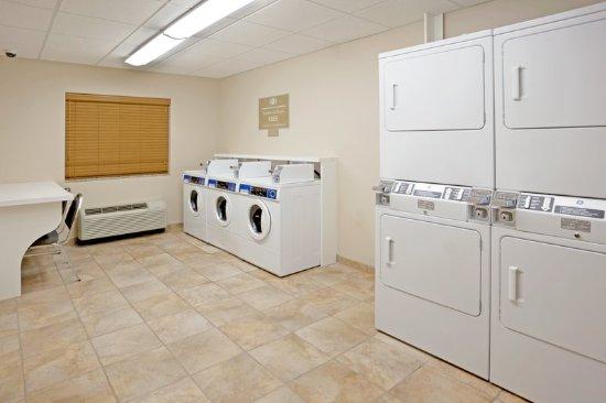 Cedar Park, TX: Complimentary Guest Laundry Facility