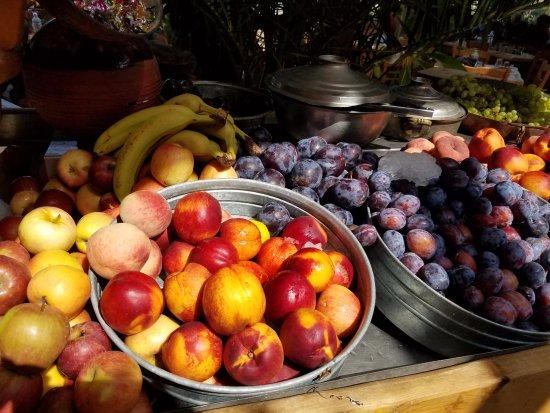 Kaliviani, Greece: More fruit bar treats.