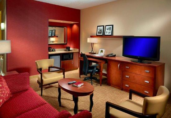 Homewood, AL: Suite Living Area