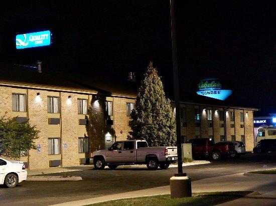 Dundee, MI: Exterior at night