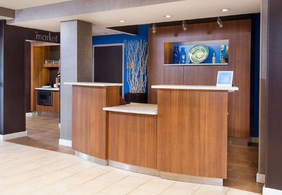 Vestal, Estado de Nueva York: Front Desk