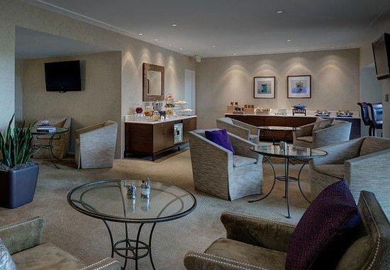 Westlake, TX: Concierge Lounge