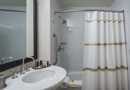 Westlake, Τέξας: Junior Suite Bathroom