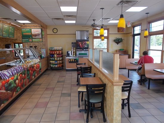 Subway N Stephenson Ave Next To Super 8 Iron Mountain Mi