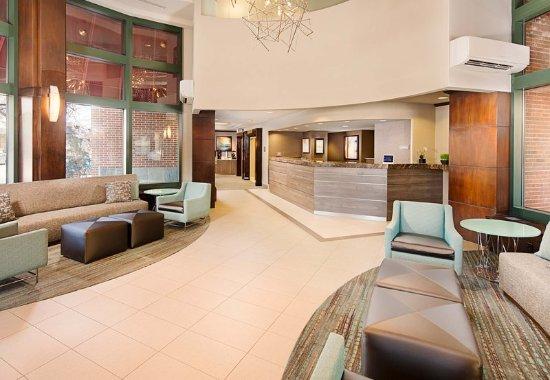 New Rochelle, NY: Lobby