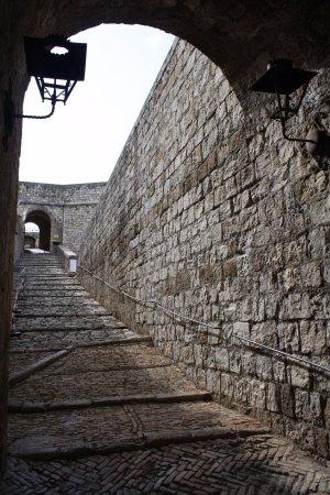 Civitella del Tronto, Ιταλία: Pour accéder à la forteresse