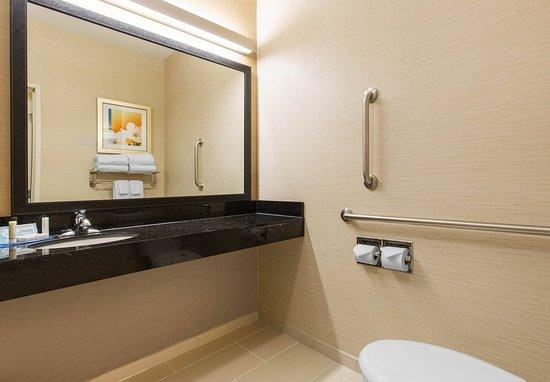 Saint Cloud, MN: Accessible Guest Bathroom - Vanity
