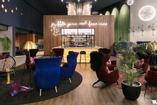 Mangere, New Zealand: Paksa Bar & Restaurant