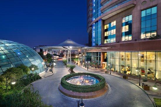 Hilton Beirut Habtoor Grand Photo