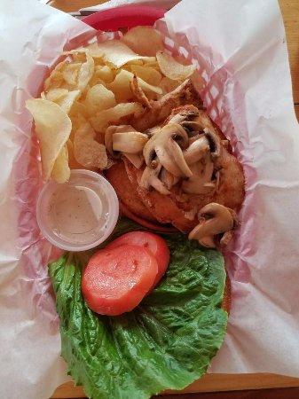 East Glacier Park, MT: grilled chicken