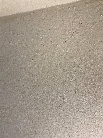Kloten, Suíça: So sah es in meinem Badezimmer . Ich war hast jetzt im September 2017 . Es war sehr starke Schim